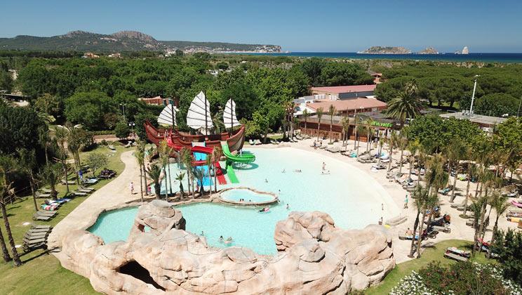 Amazing pool at El Delphin Verde